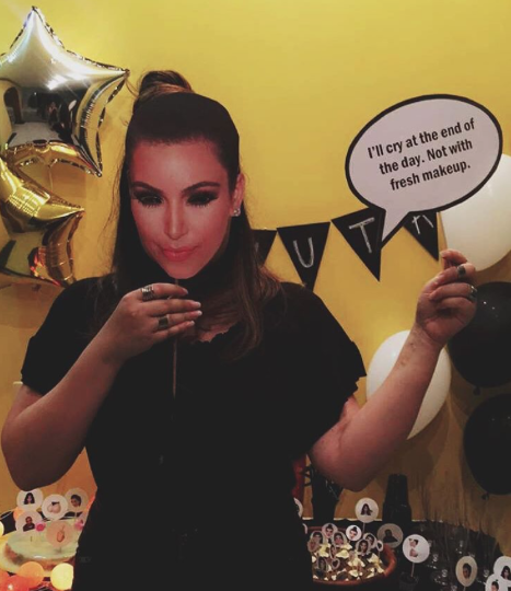 kim_kardashian_mask_kimoji_party